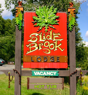 Slide Brook Lodge at Sugarbush: Sign